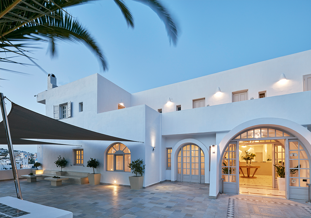 Santorini Palace is the very first resort in Santorini Island, only a few meters away